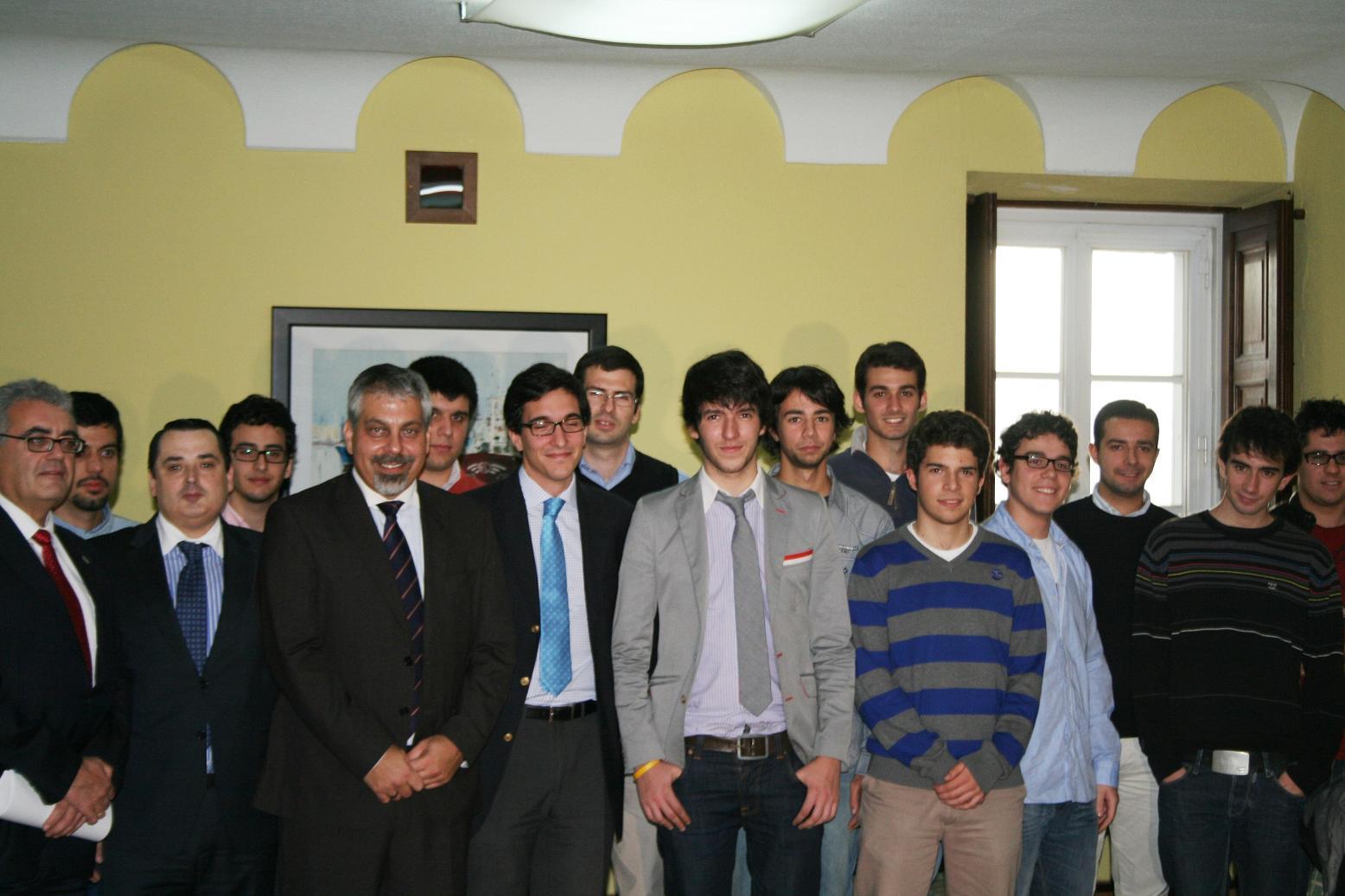 El diplomático de Israel Lior Haiat visita el Colegio Mayor para hablar de las relaciones entre España e Israel