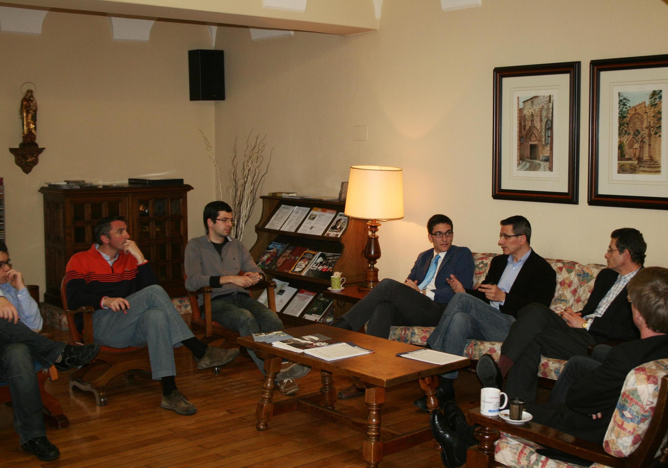 Tertulia del periodista y Director del Centro Territorial de TVE en Galicia Lois Docampo