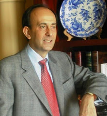 El Secretario General del Consello Galego da Competencia visita el Colegio Mayor para mantener un encuentro y una tertulia con residentes