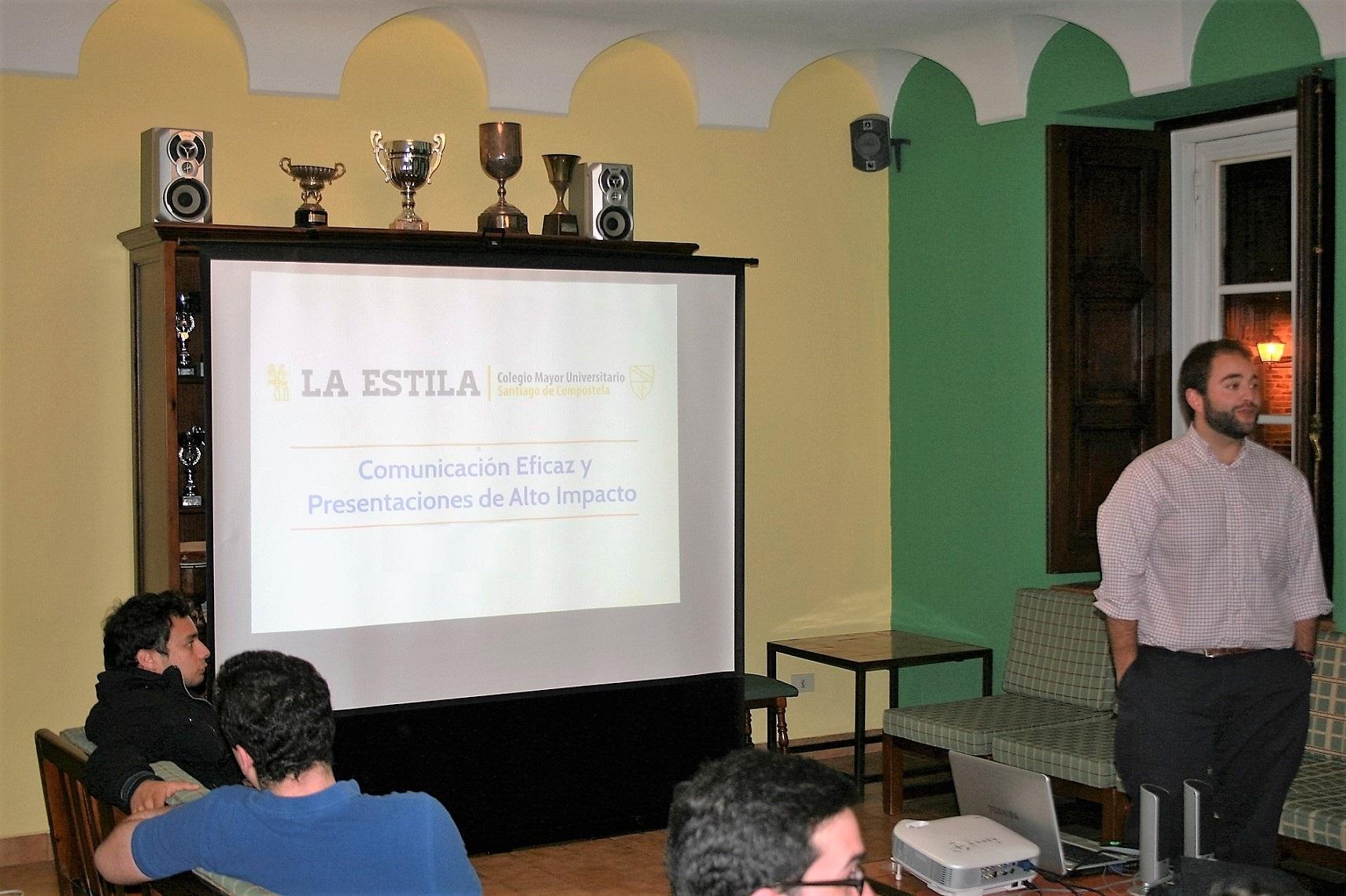 El Colegio Mayor organiza un taller para enseñar a los universitarios las habilidades necesarias para hablar mejor en público