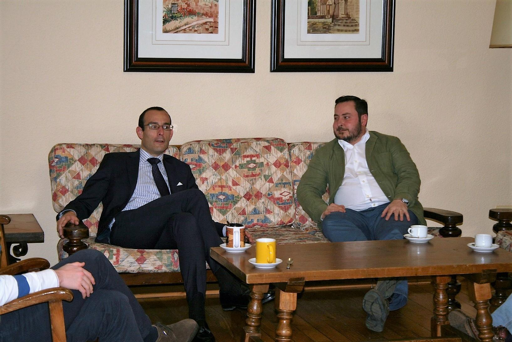 Tertulia con Manuel Vilches, Coordinador General de la Asociación de Amigos de la Universidad de Navarra