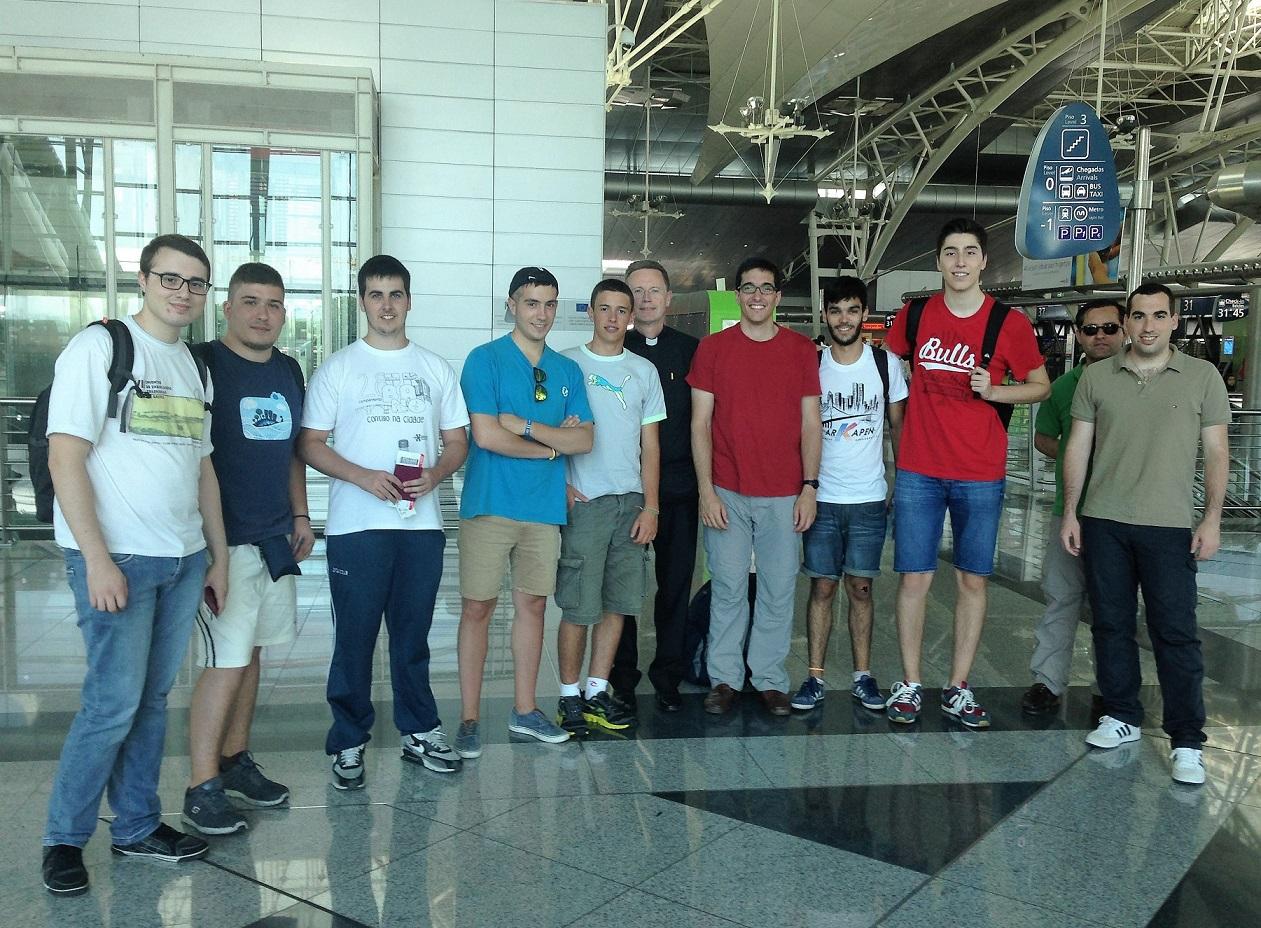 Jóvenes Gallegos viajan a Uganda para participar en una iniciativa de cooperación al desarrollo organizada por el Colegio Mayor.